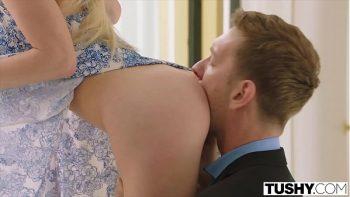 امرأة روسية يسيطر عليها جنسيا صديقها