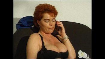 أحمر الشعر الحلو أحمر الشعر مارس الجنس من قبل ألماني