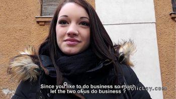 الخير مدمن مخدرات في الشارع هو المال
