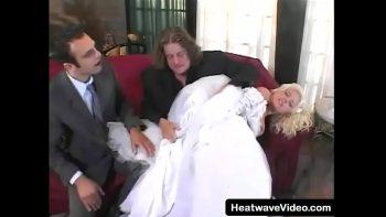 سرقوا العروس وأرسلوها بالبريد